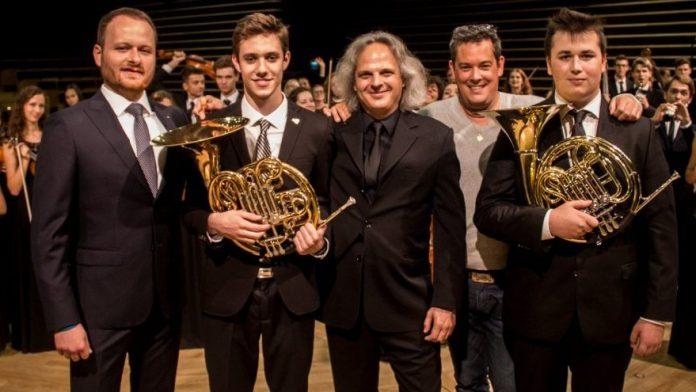 Kölcsönadtuk tehetséges magyar kürtöseinket Lengyelország ifjúsági zenekarának!